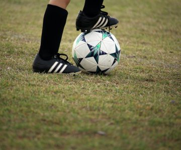 How to Become a Professional Football Player?